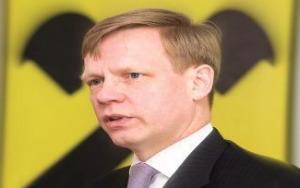 Steven van Groningen, Raiffeisen Bank: Am putea asista la preluari sau fuziuni pe piata bancara