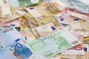 Euro: in scadere pentru a doua sedinta consecutiva