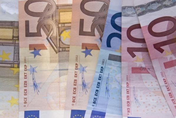 Sumă record ștearsă de bancă, prin intermediul CSALB: 44.600 Euro
