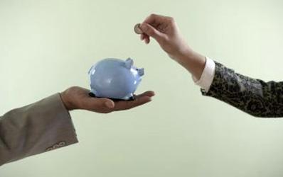 Bancherii vor sa stimuleze economisirea