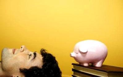 In Romania este aproape imposibil sa fii student pe credit