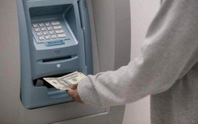 Preturile serviciilor bancare de baza, mai mici in Romania decat in zona Euro
