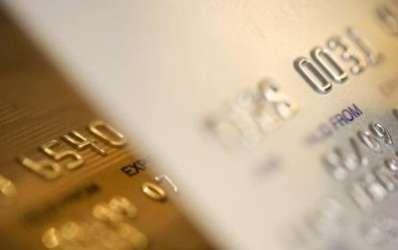 Statutul social si nivelul veniturilor se masoara in culoarea cardului