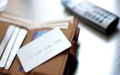 Creditele pentru IMM se muta pe carduri