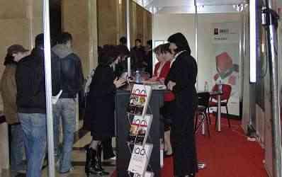Bancile au dat startul recrutarii de noi angajati la Sala Palatului