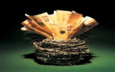 Bancile, acuzate de practici comerciale incorecte