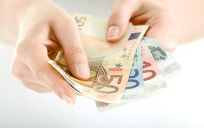 UniCredit Tiriac isi relaxeaza cu prudenta creditele