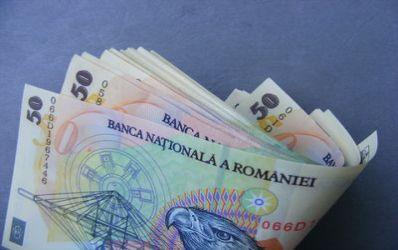 Rand pe rand, bancile cresc dobanzile la credite si depozite