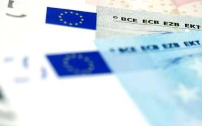 Romanii nu prea dau doi bani pe riscul valutar si aleg in continuare creditul in valuta