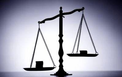 Competitie bancara: cine mituieste mai bine clientul?