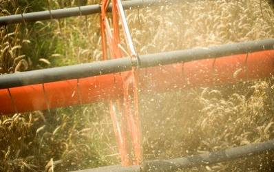 Bancile vor sa dea peste 200 milioane euro fermierilor