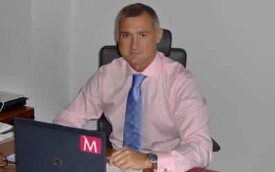 Profil de bancher: Dorel Piti a mostenit pasiunea pentru banking de la tatal sau