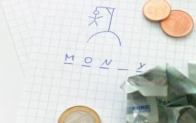 Bancile amagesc clientii: in principiu dau credite, in practica mai putin