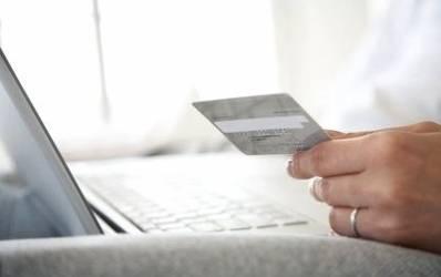 BRD lanseaza un card pentru siguranta cumparaturilor online