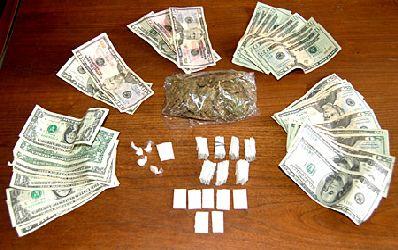 Unele banci au fost salvate de criza cu bani proveniti din droguri!