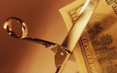 Ghetea: BNR ar putea reduce rezervele minime inainte de a primi banii de la FMI