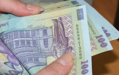 Libra Bank plateste cu pana la 100 lei clientii care economisesc