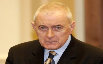 Vasilescu: Bancile mentin dobanzile sus pe seama competitiei intre ele, nu au format un cartel
