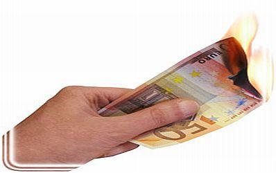 Bancile isi asuma aceleasi riscuri care au condus la criza financiara