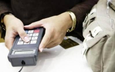 In carduri sa ne luptam: competitie intre GarantiBank si Credit Europe Bank