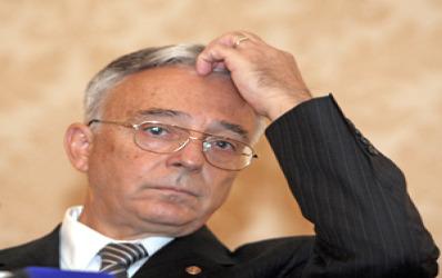 Afla ce nu-i place Guvernatorului BNR, in Romania…