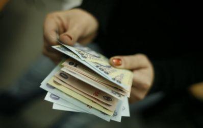 Topul bancilor pe creditare si pe economisire