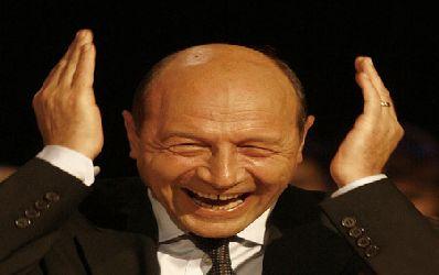 Basescu: bancile se uita acum in traista si nu le convine!