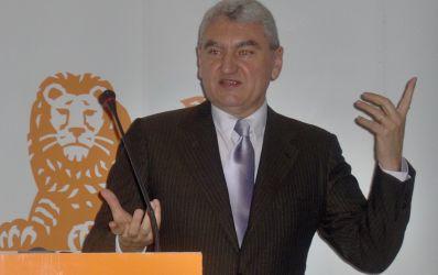 ING vizeaza un loc in primele 5 banci din Romania