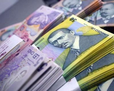Bancherii incep sa promoveze refinantarea in lei. Se pregateste terenul pentu disparitia creditarii in valuta?