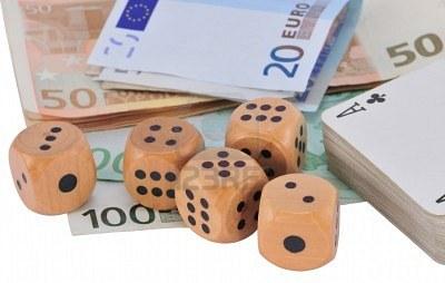 Asa vad bancile cursul valutar: LIKE pentru exportatori, clientii taxati la rate