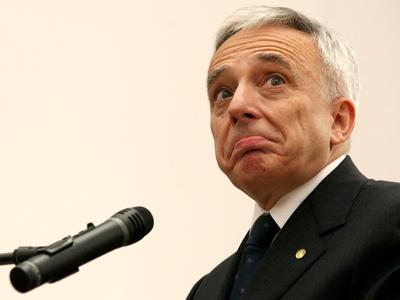 Reactia guvernatorului BNR la discursul presedintelui: cuvantul cel mai des folosit a fost criza