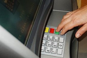 BCR a lansat serviciul de activare – Plati facturi la ATM – prin Contact Center