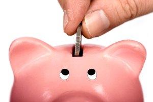 CEC Bank incurajeaza economiile pe termen lung